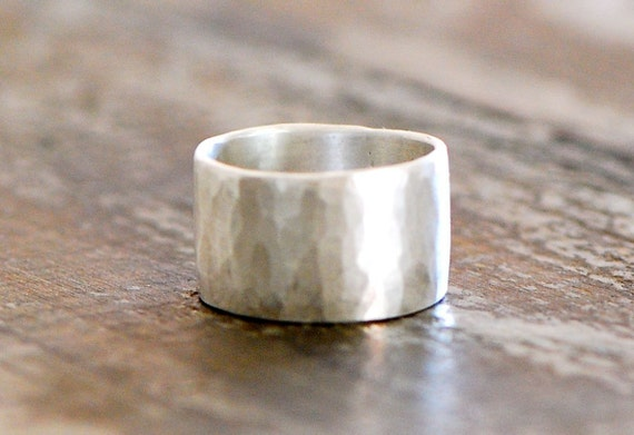 Wide Band Ring hammered faceted 999 fine Silver eco friendly recycled