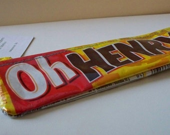 UPCYCLED Oh Henry candy bar wrapper repurposed into a SWEET usable coin purse.