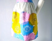50s Mad Men era Vera style happy hostess apron - Betty Draper chic - home entertaining drag in yellow pink blue flowers