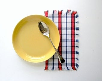 Plaid Summer Picnic Cotton Napkins - Fringed Red White & Blue Windowpane Check -1950s 1960s Retro Barbecue Picnic - Beach House Dinner Party