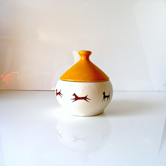 60s McCoy pottery dish for Uphohn Unipet - Jingle Dish with bell lid - cat dish dog dish - cute gift for pet lover