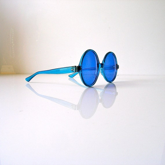 60s blue sunglasses - oversized Jackie style - optical quality glass lenses - Mad Men summer chic - made in japan