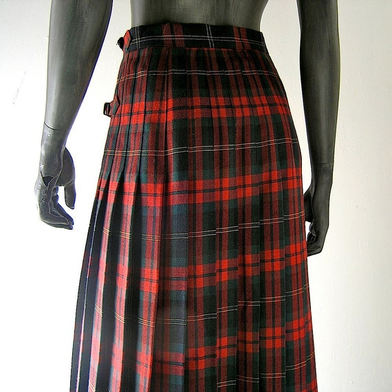 Tartan plaid skirt - Scottish kilt - size 8 pleated skirt - Scottish Highland chic - Ralph Lauren Pendleton style