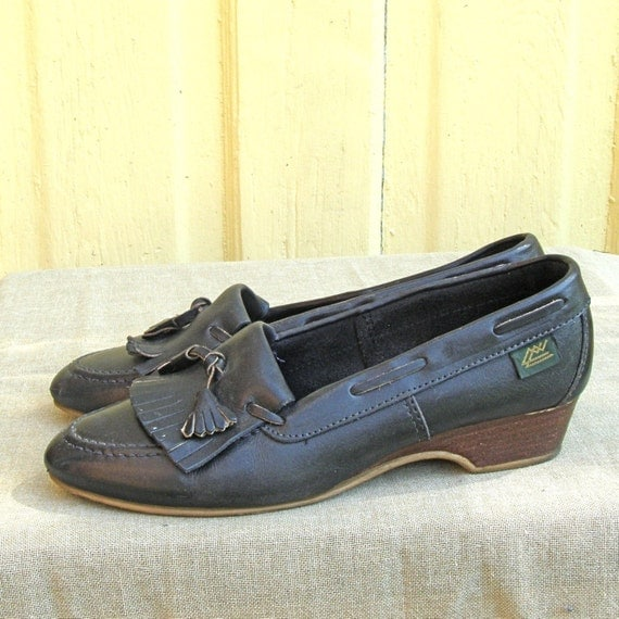 Preppy Leather Wedges size 8.5