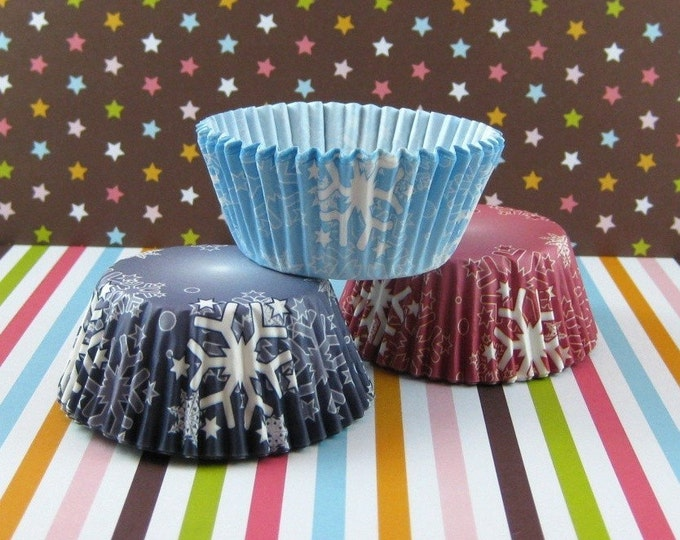 Assorted Snow Flakes Standard Cupcake Liners