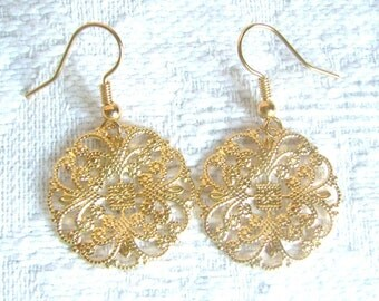 Round Gold or Silver Filigree Pierced or Clip On Earrings