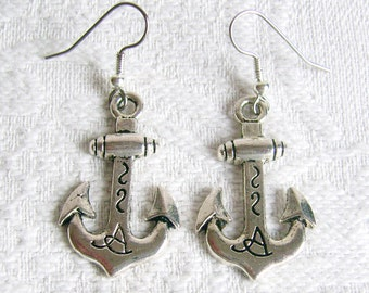 Large Anchor Pierced or Clip On Earrings in Pewter