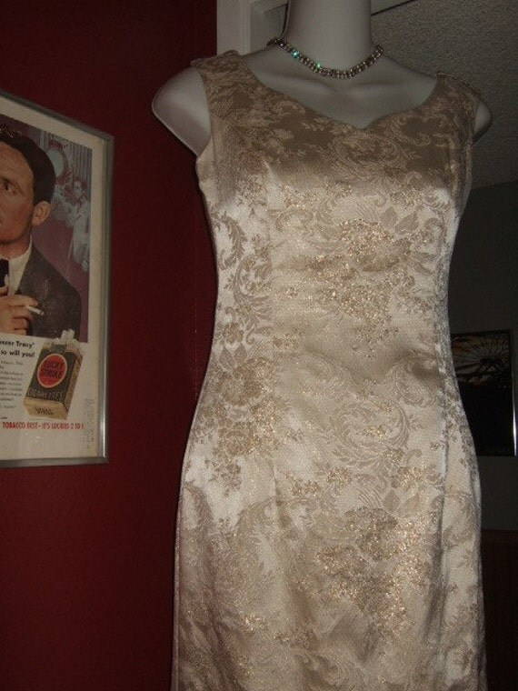 Vintage Monroe White Brocade Wedding Dress...