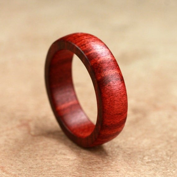 Redheart Wood Ring No. 18  Size 6.75 (05-14-2012)