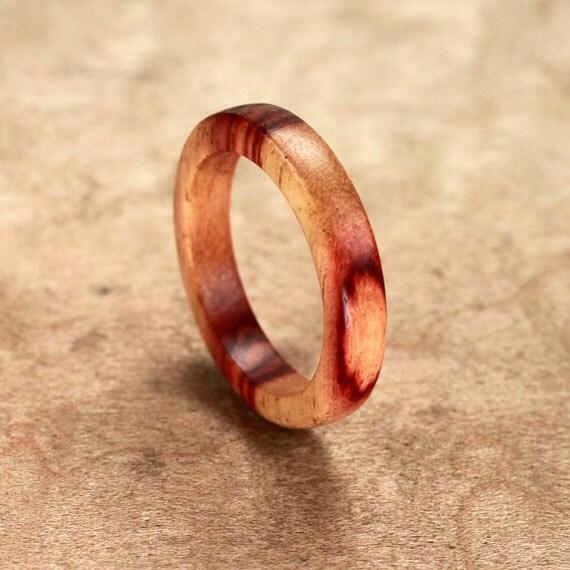 Tulipwood Ring No. 37 Size 10.5 (06-25-2012)