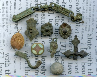 archeological Instant Collections, antique strange objects, oddities, from a private dig, coolvintage, metal patina, old, age, x 342