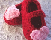 Pink / Red Crocheted Valentines Baby Shoes 0 - 3 months