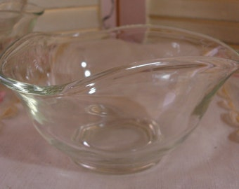 Set of 3 Vintage Clear Glass Sculpted Snack Bowls - Candy Dishes - Nut Dishes - Dip dishes - GREAT FOR PARTIES