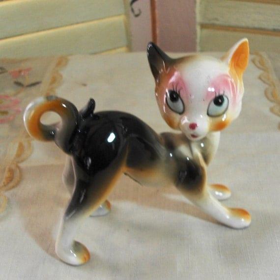 PRRRR - TAKE Me HOME - Adorable Vintage Porcelain Cat Figurine