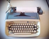 Royal Safari CURSIVE Typewriter
