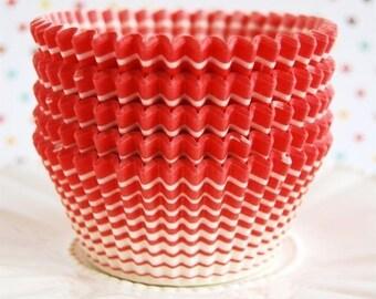Red Horizon Cupcake Liners (50)