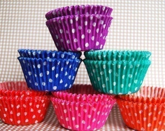 Bulk Cupcake Liners 150  Assorted Polka Dot Baking Cups