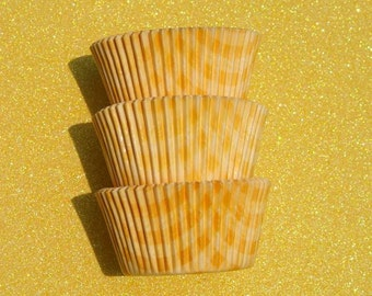 Yellow Gingham Cupcake Liners (50)