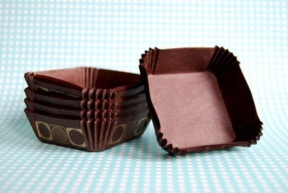 Square Baking Liners in Brown and Gold (50)
