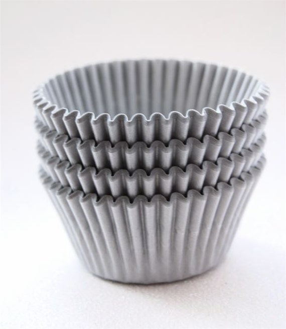 Gray Matte Silver Cupcake Liners (50)