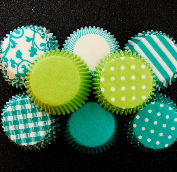 80 Assorted Green Cupcake Liner Pack