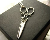 Scissors Snip Necklace Antique Silver