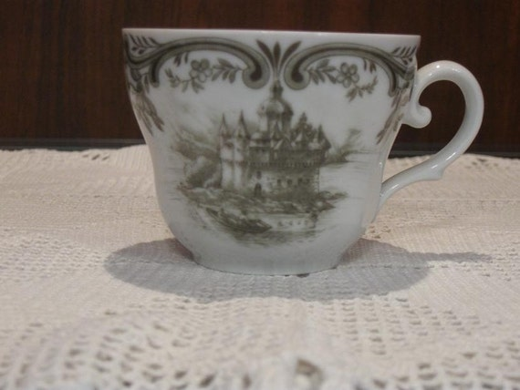 items similar to teacup seltmann weiden bavaria w germany qualitats porzellan 8 on etsy. Black Bedroom Furniture Sets. Home Design Ideas