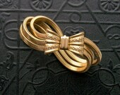 40s Snake Chain Bow Bracelet. Gilt Brass.