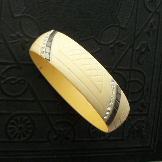 20s 30s Carved Celluloid Bracelet. Rhinestones and Pewter Diamonds.