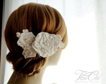 Bridal hair clips or combs fascinator simple flowers Silk dupioni and lace set of 3 you choose color - LEILA