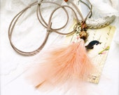 Peach rum feathers adjustable necklace