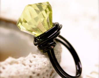 Heliodor Glory wired ring