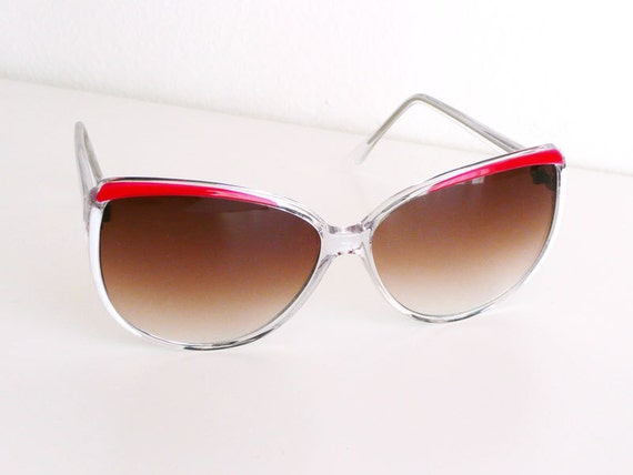 RESERVED Womens Sunglasses, Eyeglasses, Vintage Eyewear, 1980s Sunglasses, Retro Glasses, Red and White, Pool Party Fashion Accessory
