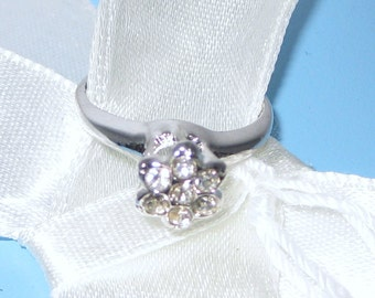 Exquisite Petite Cluster Ring Cz Crystals Sterling Silver Vintage Flower Bouquet Size 3 for girls Petite Hands