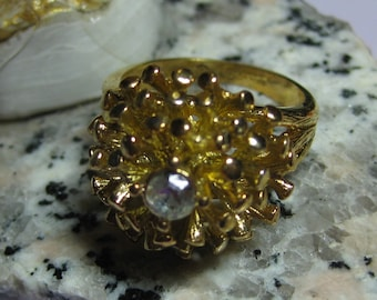 Retro Cluster Ring  5/8 diam. and is SIZE 8 signed 18k gold HGE  Yellow Gold from 1960s On SaLe Now