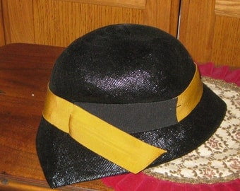1940's Hat Lilly Dache Hat Black Medium Size Trully Vintage  On SaLe Now