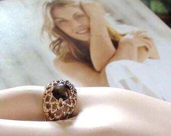 C. 1960.  TIGER Eye Filigree Spanish Ring design 18kt HGE size 5  signed Uncas Symbol