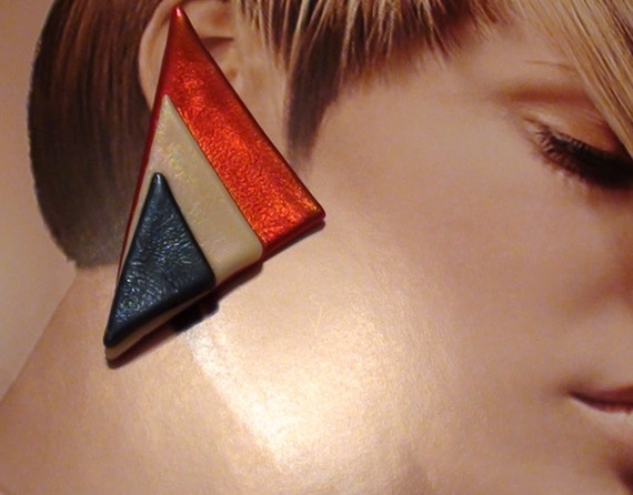 1970s Earrings Papier-mâché REd Blue and White Geometrical  Enamel  Art  from  1970s  are Pierced Post On SaLe