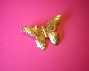 Vintage gold butterfly brooch (G9)