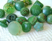 12 Green Glass Vintage Buttons - 1930s to 1960s Grab Bag Lot in Shades of Spring Green - LAST in Stock