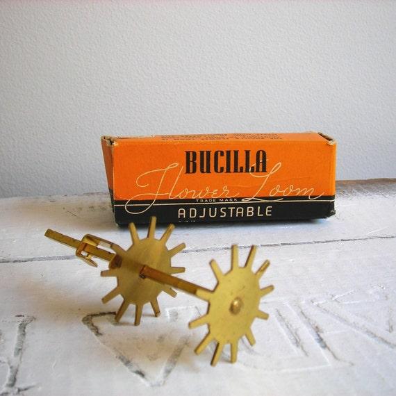 Vintage Bucilla Flower Loom...Adjustable