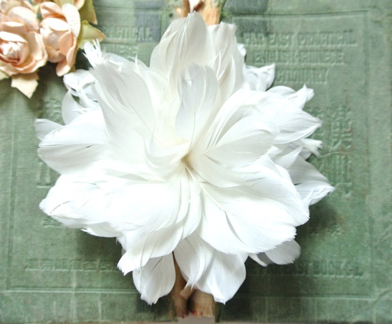 White Feathers Flower Fascinator/ Brooch