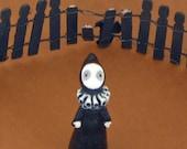 Lisa Snellings -  Little Black Poppet
