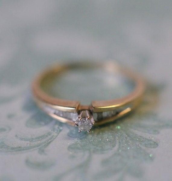 Cute diamond engagement ring.