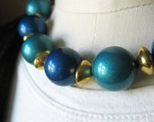 Vintage Metallic Lucite Beaded Necklace in Blue Teal and Gold