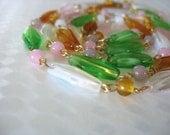 Glass Necklace Swirled Glass Topaz White Green Pink Goldtone 1950's