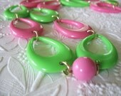 Vintage Modern Necklace Lime Green and Pink Teardrops Lucite Lightweight Germany