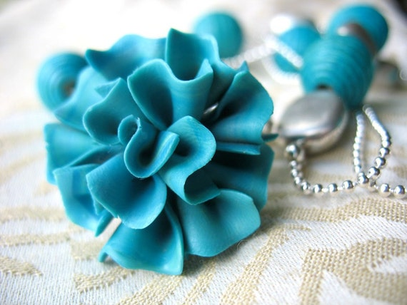 Beaded Necklace with Vintage Turquoise Flower Button Cover Pendant