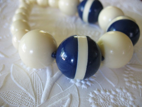 Vintage Large Bead Necklace Creme and Navy Blue Striped Graduated sizes
