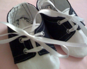 Saddle Oxfords sizes 0-18 months PERFECT FOR HALLOWEEN